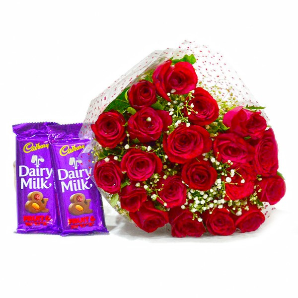 20 Red Roses With Fruit and Nut