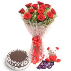Flower And Cake Hamper